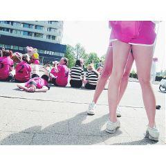 summer girl girls pink legs