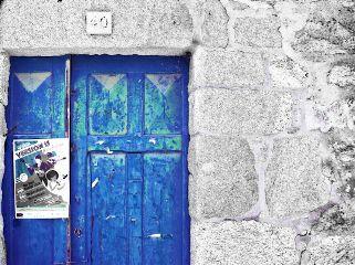oldphoto vintage minimal door blue