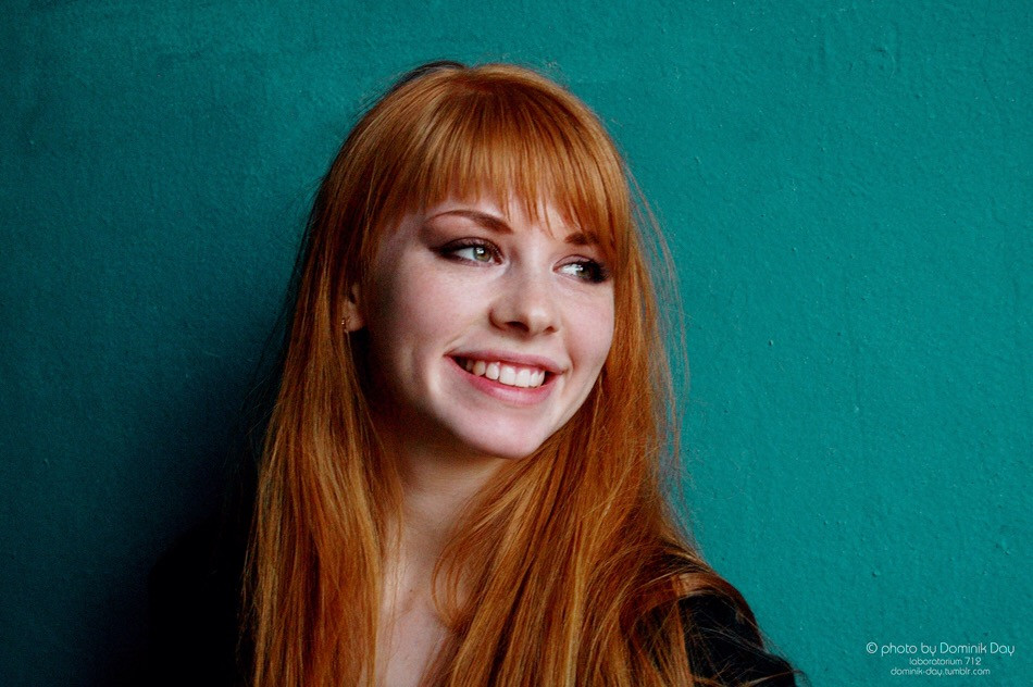 #girl #portrait #beautiful #smile #emotions #positive #redhead #redhair #amazing #cute #sweet #pretty #turquoise